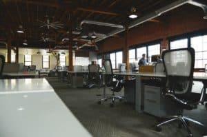משרד ענק