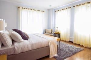 המדריך המקיף לבחירת וילונות לחדר שינה מושלמים